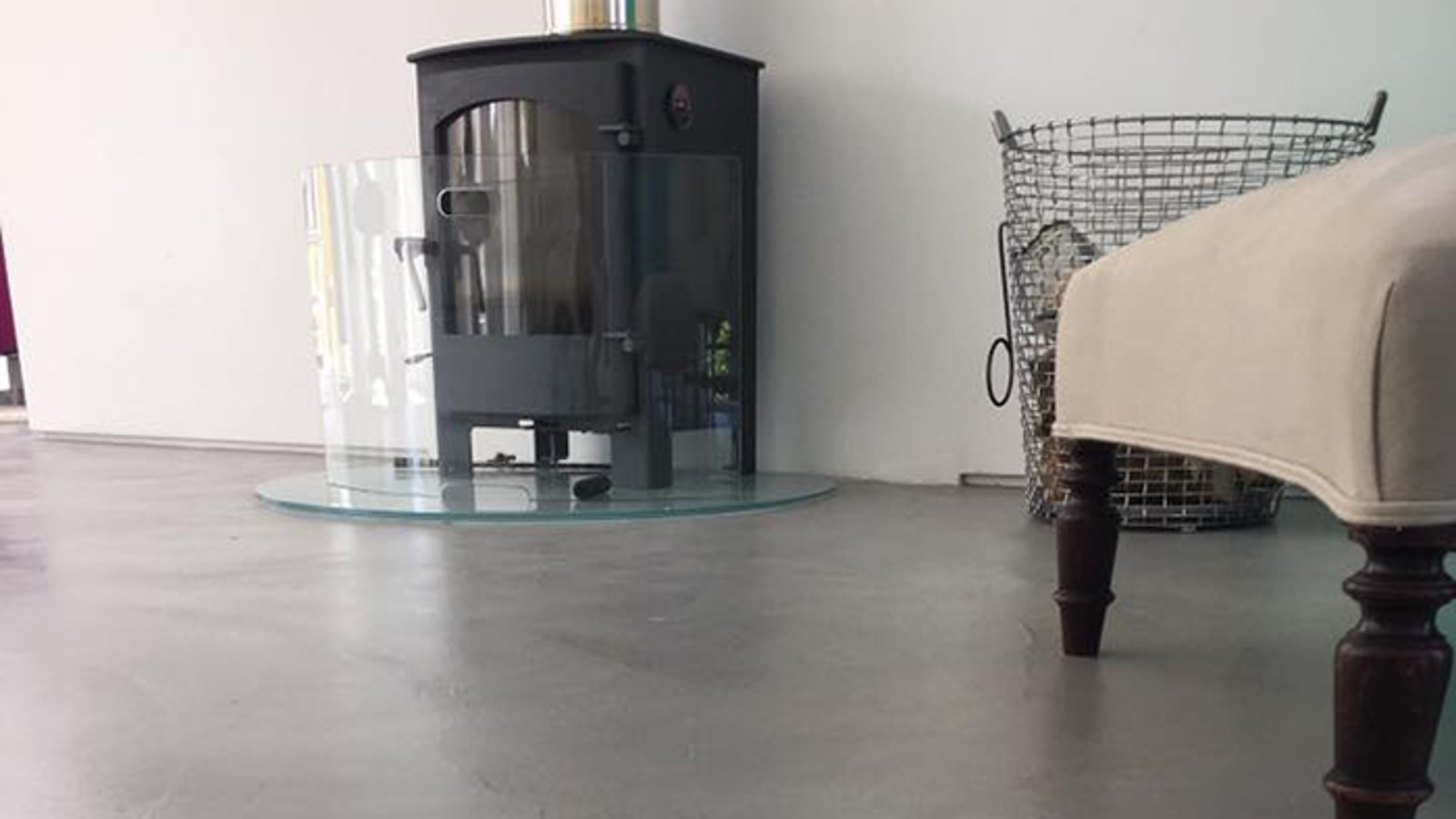 Residential polished concrete flooring lounge Ardex Pandomo Loft polished concrete flooring in mid grey