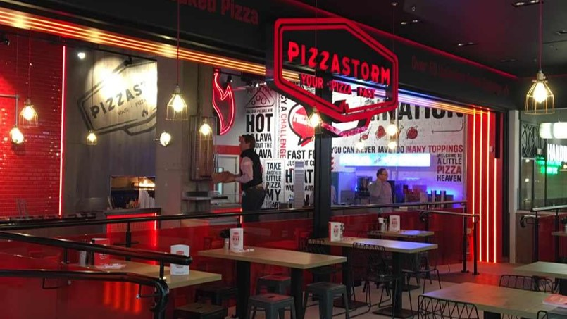 polished concrete hospitality flooring Pizza Storm restaurant